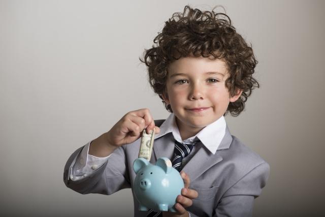 フリーターが納めるべき税金って!?計算方法や保険について解説!